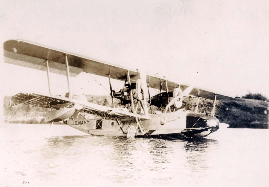 450 miles adrift in a seaplane